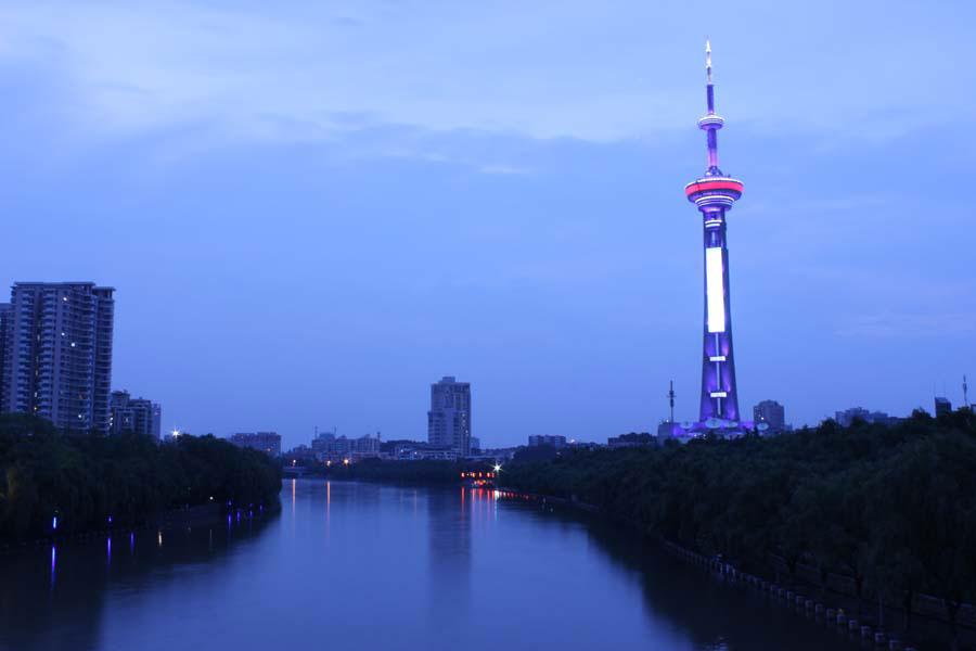 新闻资讯_南京的广播电台 / Radio stations in Nanjing, China — World Radio Map