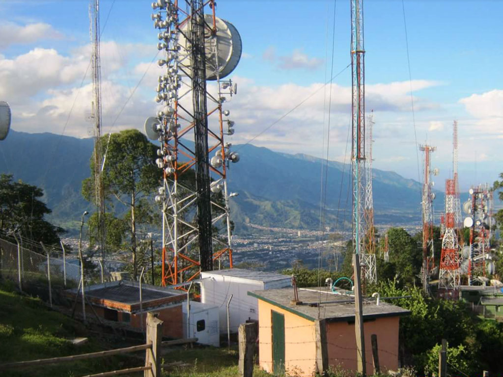 Emisoras de radio en Ibagué, Colombia / Radio stations in